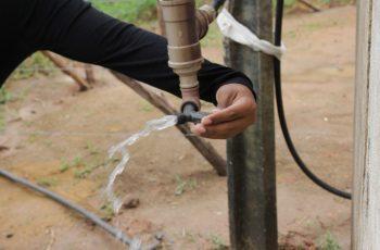 Poços artesianos levam água à comunidades da Zona Rural